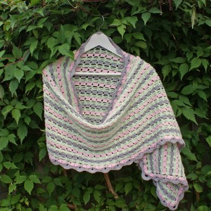 Nieuw! Haakpatroon Holiday Spirit Shawl